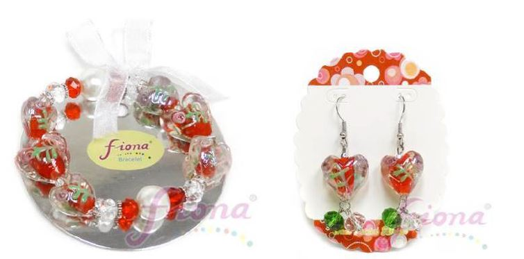 PUP10-6 Heart Murano Glass & Crystal Stretch Bracelet